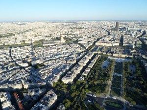 Eiffel Tower Top2