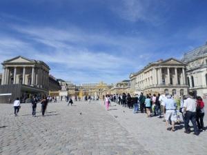 Versailles Exterior1