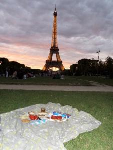 Eiffel Tower Picnic2