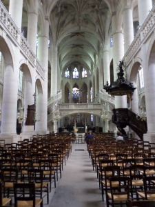Saint Etienne Interior