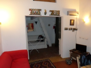 Florence Apartment Interior2