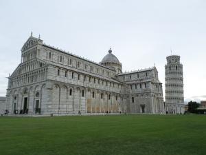Pisa Exterior1